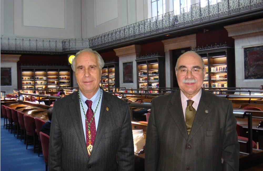 La Real Academia de Ciencias Veterinarias de España visita la Biblioteca Nacional
