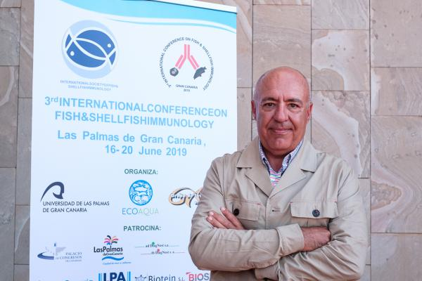 CIGUATERA, DE ENFERMEDAD EXÓTICA A ENDÉMICA EN CANARIAS Ya tienen a su disposición la conferencia del Dr. Félix Acosta Arbelo